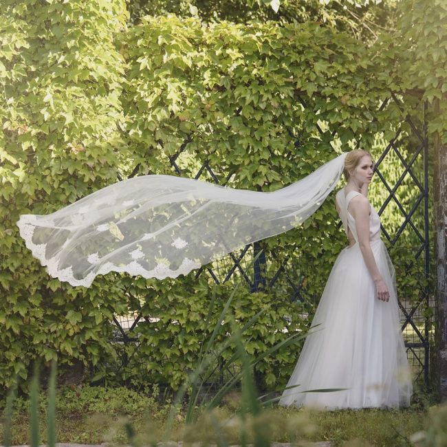 Beautiful wedding veils from Lace and Favour
